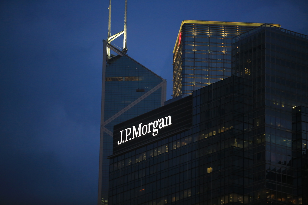 JPMorgan wealth income remains flat; reserve build hits group profit