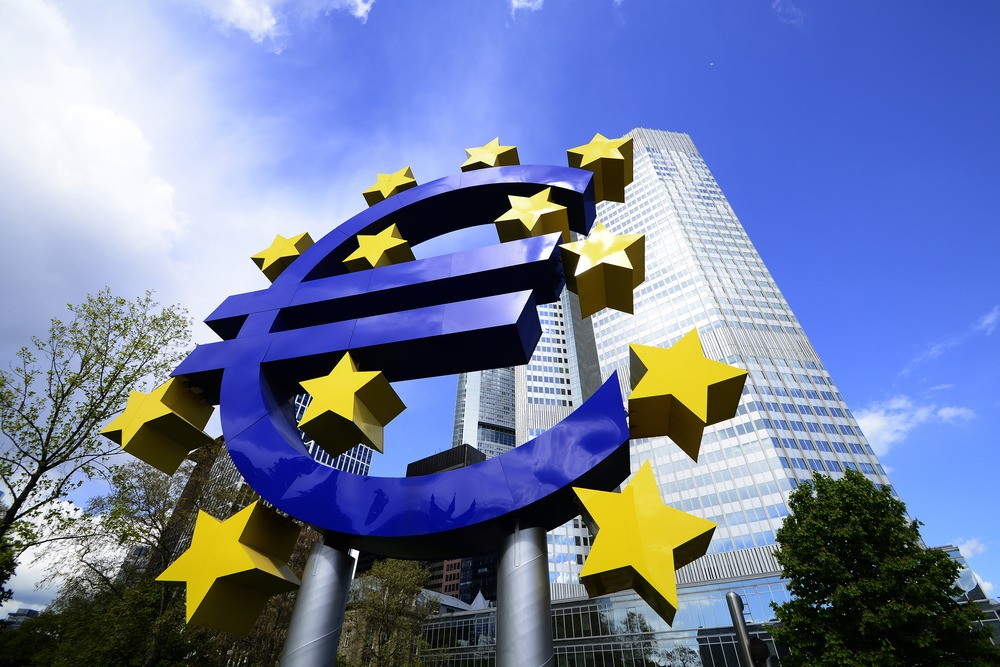 EU regulator calls for conservative bank bonuses amid Covid-19